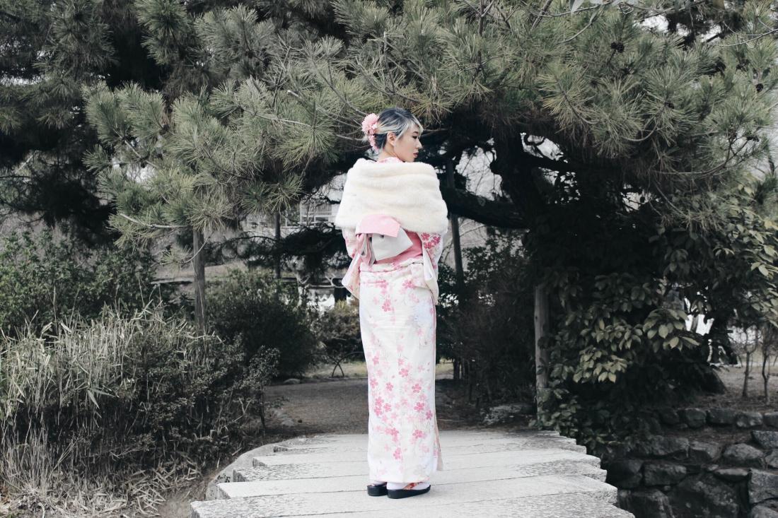 Full back view of my kimono rental at Maruyama Park